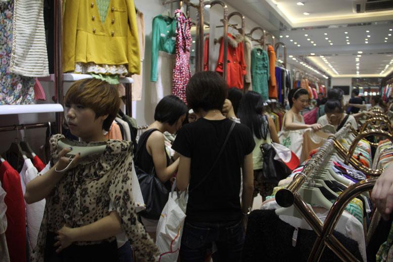 """2016衣联""""拯救服装店——天使在行动""""大型说明会"""